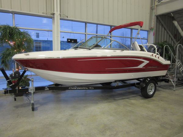 New Chaparral 19 SSI OB High Performance Boat For Sale