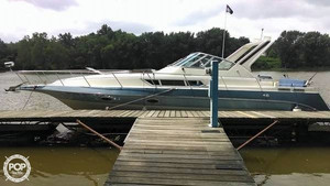 Used Cruisers Yachts 3270 Express Cruiser Boat For Sale