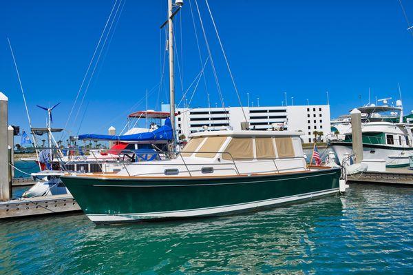 Used Sabre 36 Sedan Express Cruiser Boat For Sale