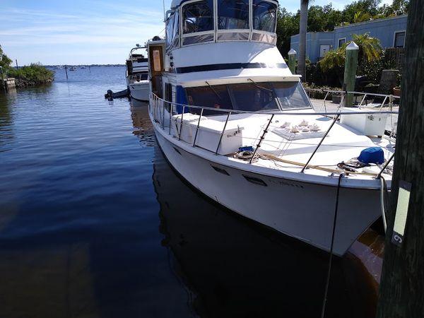 Used Marine Trader Sundeck Aft Cabin Boat For Sale
