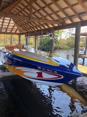Used Cigarette Bullet 31 High Performance Boat For Sale