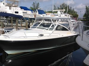 Used Salt Shaker Compare TO Cabo, Viking,blackfin, Bertram 301 Express Cruiser Boat For Sale