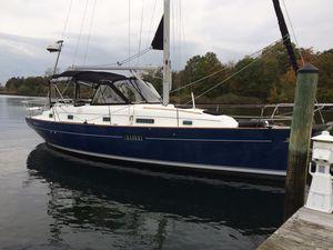 Used Beneteau 36CC Center Cockpit Sailboat For Sale