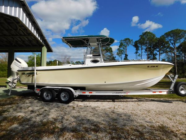 Used Bluewater 2550 Center Console Fishing Boat For Sale