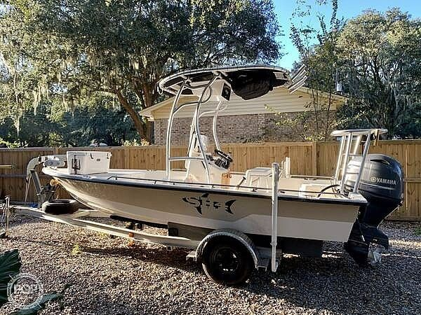 Used Pathfinder 1806 Bay Boat For Sale
