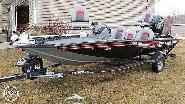 Used Tracker Pro Team 175 Bass Boat For Sale