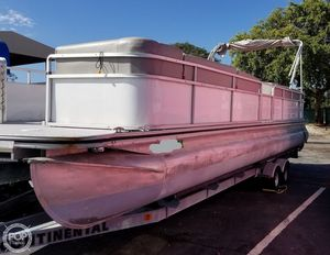 Used Harris Kayot Classic 280 Pontoon Boat For Sale