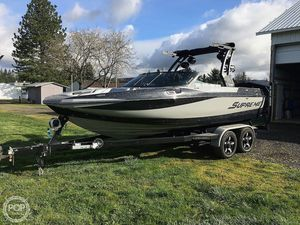 Used Supreme S211 Extreme Ski and Wakeboard Boat For Sale