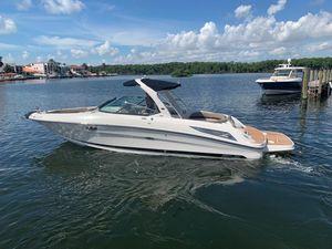 Used Sea Ray 300 SLX Cruiser Boat For Sale