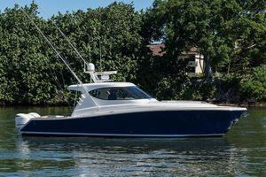 Used Jupiter 41 Sport Bridge Sports Fishing Boat For Sale