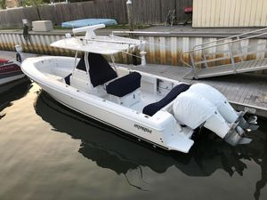Used Intrepid 32 CENTER CONSOLE Center Console Fishing Boat For Sale