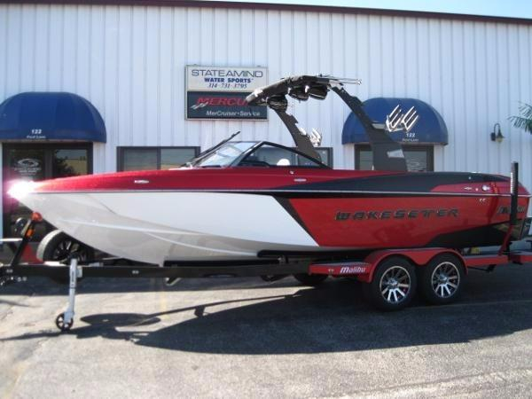 New Malibu 25LSV Ski and Wakeboard Boat For Sale