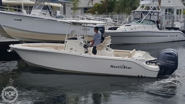 Used Nauticstar 25XS Center Console Fishing Boat For Sale