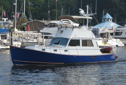 Used Downeast Boats Northern Bay 36 Flybridge Cruiser Convertible Fishing Boat For Sale