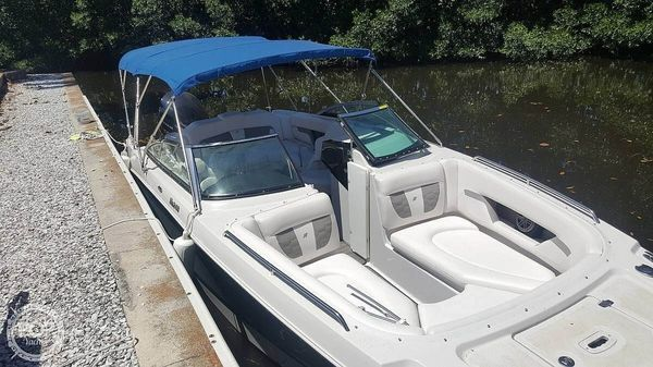Used Four Winns HD240 OB Deck Boat For Sale