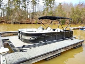 Used Crest III 230 SLR2 CP3 Pontoon Boat For Sale