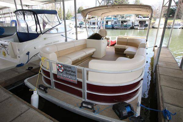 Used Lexington 523 Pontoon Boat For Sale