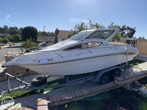 Used Whittley CR2590 Express Cruiser Boat For Sale