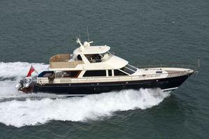 New Hunt Yachts Ocean 76 Flybridge Motor Yacht For Sale