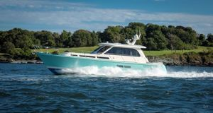 New Hunt Yachts Ocean 55 MKII Motor Yacht For Sale