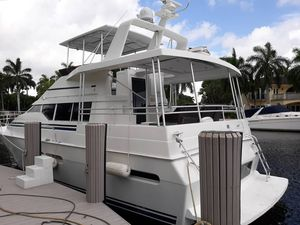Used Mainship Aft Cabin Sundeck Motor Yacht For Sale
