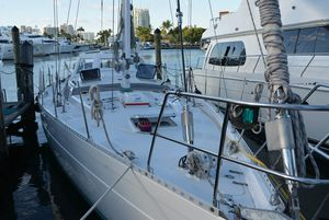 Used Norseman 535 HARD DODGER Cruiser Sailboat For Sale
