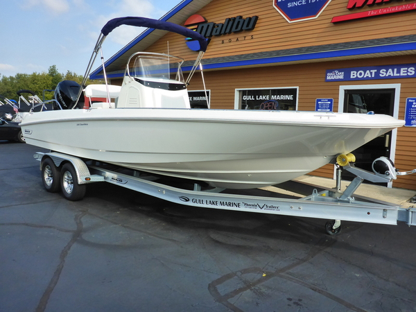 New Boston Whaler 240 Dauntless Center Console Fishing Boat For Sale