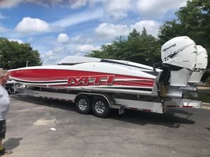 Used Mti 34 Cat High Performance Boat For Sale