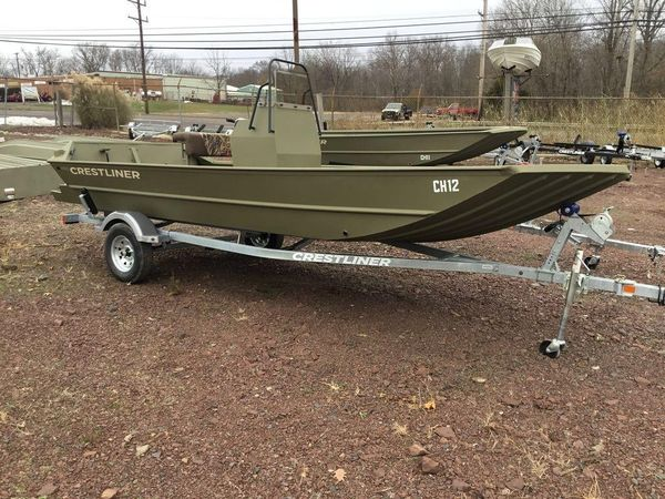 New Crestliner 1860 Retriever CC tunnel Center Console Fishing Boat For Sale