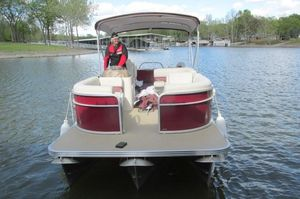 Used Manitou Aurora LE 22 Angler Pontoon Boat For Sale