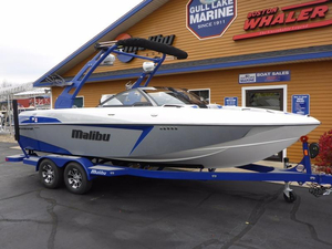 New Malibu Boats 22 VLX Ski and Wakeboard Boat For Sale
