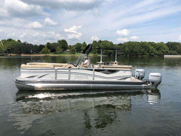 New Premier 260 Grand Entertainer Pontoon Boat For Sale