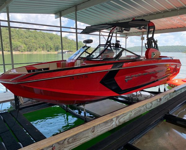 Used Nautique G25 Ski and Wakeboard Boat For Sale