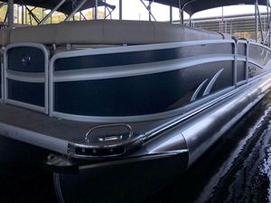 New Premier 270 Grand Majestic Pontoon Boat For Sale