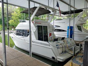 Used Carver 320 Voyager Flybridge Boat For Sale