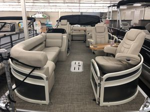 New Premier 250 Grand Majestic RF Pontoon Boat For Sale