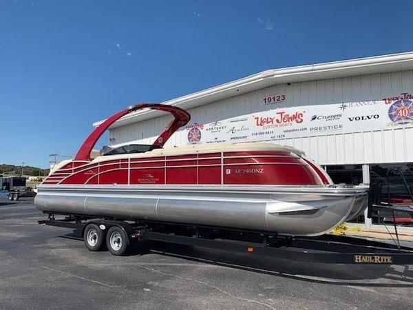 Used Bennington Q2875 QCW Sport Tower Pontoon Boat For Sale