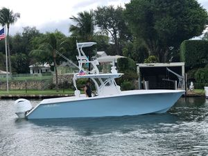 Used Seahunter 33 Center Console Fishing Boat For Sale