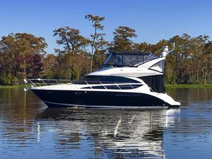 Used Meridian 391 Power Cruiser Boat For Sale