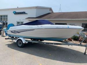 Used Four Winns 180 Horizon Runabout Boat For Sale