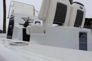 New Blue Wave 2800 Pure Hybrid Center Console Fishing Boat For Sale