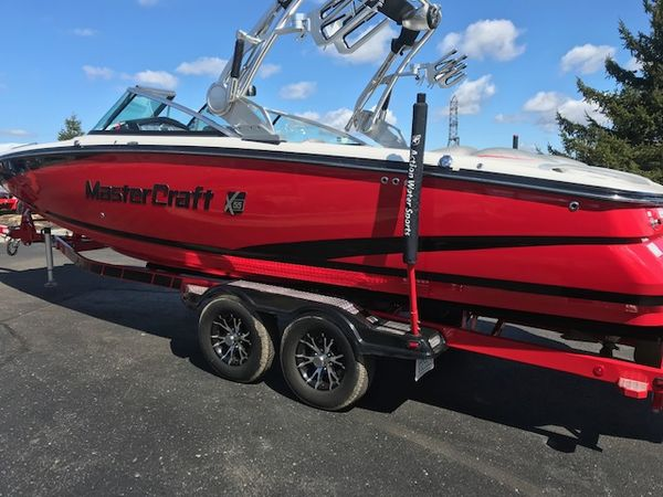 Used Mastercraft X55 Ski and Wakeboard Boat For Sale