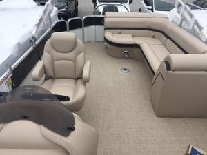 New South Bay 224CR Pontoon Boat For Sale