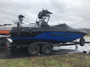 Used Supra SR 400 Ski and Wakeboard Boat For Sale