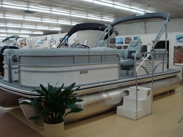New Lowe SS210 Walk Thru Pontoon Boat For Sale