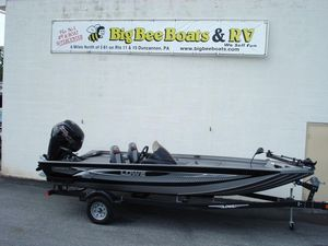 New Lowe 18 Catfish Freshwater Fishing Boat For Sale