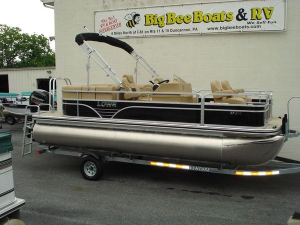 New Lowe SF212 Walk Thru Pontoon Boat For Sale