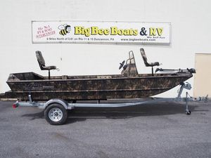 New Lowe Roughneck 1860 Pathfinder Bass Boat For Sale