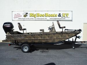 New Lowe Roughneck 1760 Pathfinder Bass Boat For Sale