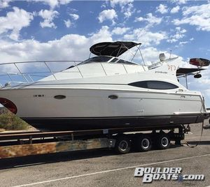 Used Carver 350 Mariner Power Cruiser Boat For Sale